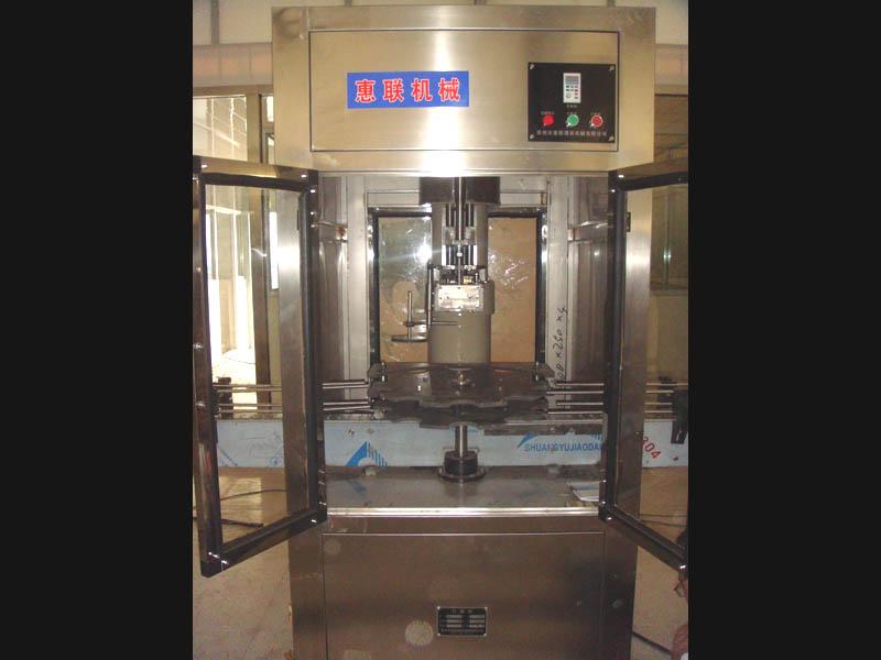 红酒guanzhuangsheng产线配套设bei全自动打塞机